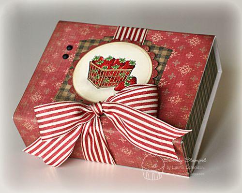 Strawberry Box1