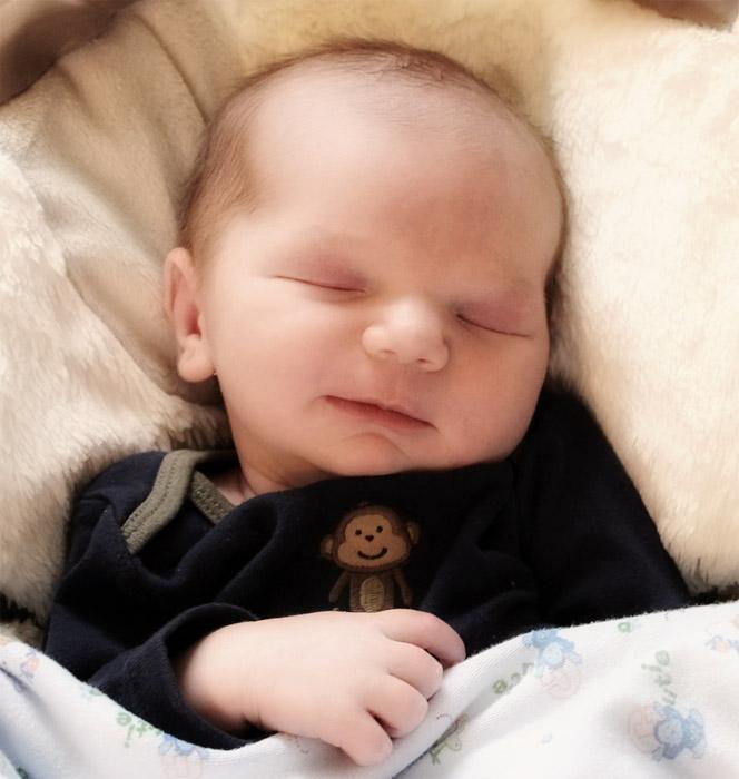 Lucas 1 Week Old (sm)