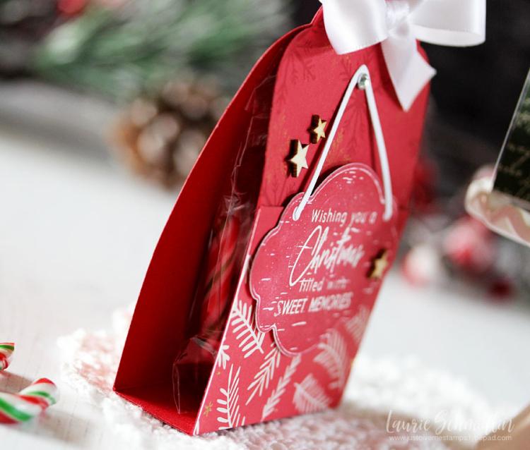 Sweet Christmas Memories (detail 2) by Laurie Schmidlin