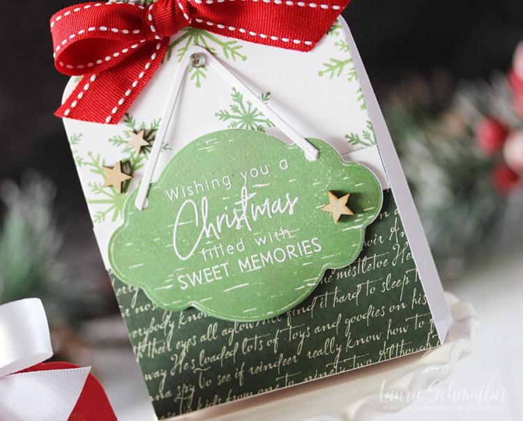 Sweet Christmas Memories (detail 1) by Laurie Schmidlin